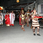 Povorka Delmata i Rimljana kroz Sinj
